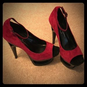 Jessica Simpson Open Stacked Stiletto Heels.  6.5